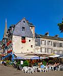 Frankreich, Normandie, Honfleur: Café in der Altstadt | France, Normandy, Département Calvados, Honfleur: Cafe Scene in Old Town