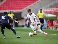ZAPOPAN, MEXICO - MARCH 21: Samuel Vines #13 of the United States dribbles the ball during a game between Dominican Republic and USMNT U-23 at Estadio Akron on March 21, 2021 in Zapopan, Mexico.