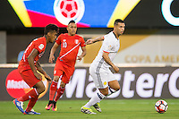 Action photo during the match Peru vs Colombia, Corresponding to the quarterfinals of the America Cup 2016 Centenary at Metlife Stadium.<br /> <br /> Foto de accion durante el partido Peru vs Colombia, Correspondiente a los Cuartos de Final de la Copa America Centenario 2016 en el Estadio Metlife, en la foto: (i-d) Renato Tapia de Peru y Edwin Cardona de Colombia<br /> <br /> 17/06/2016/MEXSPORT/Osvaldo Aguilar.