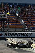 James Hinchcliffe, Schmidt Peterson Motorsports Honda, Scott Dixon, Chip Ganassi Racing Honda, checkered flag, yellow flag, win