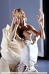 SILENT COLLISIONS....BALLET NATIONAL DE MARSEILLE....Choregraphie : FLAMAND Thierry....Mise en scene : FLAMAND Thierry....Decor : GONZALES Walter....Lumiere : OLIVIER Nicolas,FLAMAND Frederic....Costumes : VAN DAMME Annelies,LYON Aurelia,MURRU ..Nicole....Avec :....AMANIEU Thibault....BOUTET Delphine....CARRE Frederic....CAVAILLE Marion....CHRISTL Katharina....COURCHEL Simon....ENDO Yasuyuki....KATO Nonoka....KINOSHITA Yoshiko....MARCO Marcos....MARIE Nathanael....MARTINEZ Angel....MIYAZAWA Mie....PACE Valentina....Lieu : Theatre National de Chaillot....Ville : Paris....Le : 09 01 2008....© Laurent Paillier Agence Enguerand....