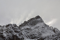 Howling winds and blowing snow on Crestone Needle