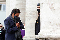 Actor Enrico Brignano and his girlfriend Flora Canto during the funeral of the Italian actor Gigi Proietti. The actor was taken to the Globe Theatre for a short ceremony before the one in the church of Artist in Piazza del popolo.<br /> Rome (Italy), November 5th 2020<br /> Photo Samantha Zucchi Insidefoto