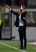Calcio, Serie A: Milan vs Juventus. Milano, stadio San Siro, 9 aprile 2016. <br /> Juventus coach Massimiliano Allegri, right, gives indications past his player Mario Mandzukic, center, and Ignazio Abate, during the Italian Serie A football match between AC Milan and Juventus at Milan's San Siro stadium, 9 April 2016.<br /> UPDATE IMAGES PRESS/Isabella Bonotto