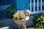 Flower Pot Statue
