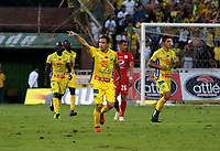 NEIVA-COLOMBIA, 06-04-2019: Hernán Hechalar de Atlético Huila celebra el gol anotado a América de Cali, durante partido entre Atlético Huila y América de Cali, de la fecha 14 por la Liga Aguila, I 2019 en el estadio Guillermo Plazas Alcid de Neiva. / Hernán Hechalar of Atletico Huila celebrates a goal scored to América de Cali, during a match between Atletico Huila and America de Cali of the 14th date for the Liga Aguila I 2019 at the Guillermo Plazas Alcid Stadium in Neiva city. Photo: VizzorImage  / Sergio Reyes / Cont.