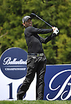 JEJU, SOUTH KOREA - APRIL 25:  Pablo Larrazabal of Spain tees off on the 16th hole during the Round Three of the Ballantine's Championship at Pinx Golf Club on April 25, 2010 in Jeju, South Korea. Photo by Victor Fraile / The Power of Sport Images