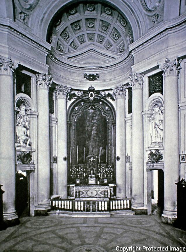 Church of San Carlo, designed by Borromini, 1638-39. Rome, Italy. Baroque style