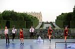 HOMMAGE AUX BALLETS RUSSES..Noces....Choregraphie : PRELJOCAJ Angelin..Mise en scene : PRELJOCAJ Angelin..Lieu : Bassin Neptune du Chateau de Versailles..Ville : Versailles..Le : 07 07 2010..© Laurent PAILLIER CDDS Enguerand