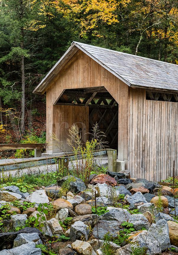 Brown Covered Bridge, Cuttingsville, Vermont, USA.
