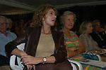 ILVA MAZZELLA CON ENRICA BONACCORTI<br /> PREMIO LETTERARIO CAPALBIO 2004