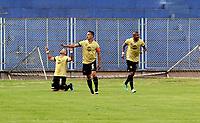PASTO - COLOMBIA, 21-07-2018: Los jugadores de Rionegro Águilas Doradas, celebran el gol anotado a Deportivo Pasto, durante partido entre Deportivo Pasto y Rionegro Águilas Doradas, de la fecha 1 por la Liga Águila II 2018, jugado en el estadio Departamental Libertad de la ciudad de Pasto.  / The players of Rionegro Aguilas Doradas celebrate a goal scored to Deportivo Pasto, during a match between Deportivo Pasto and Rionegro Aguilas Doradas, of the 1st date for the Liga Aguila II 2018 at the Departamental Libertad stadium in Pasto city. Photo: VizzorImage. / Leonardo Castro / Cont.