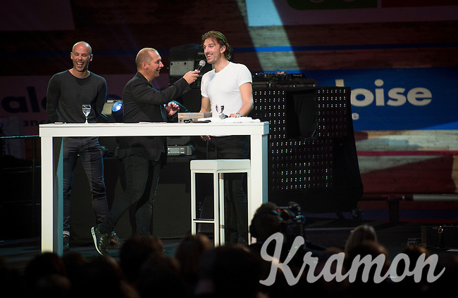 'Ciao Fabian' host Karl Vannieuwkerke & fiend/guest Sven Nys on stage with Fabian in front of 6000 fans (a full house!)<br /> <br /> Farewell event in 't Kuipke in Gent/Belgium for Fabian Cancellara after retiring for pro racing (november 2016)