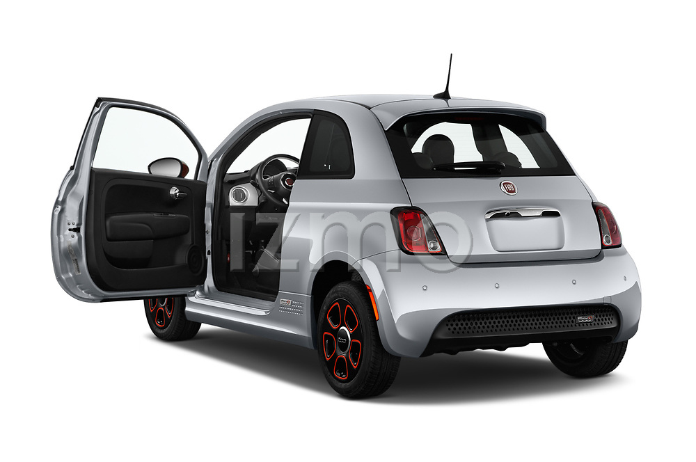 Car images of 2019 Fiat 500e Battery-Electric 3 Door Hatchback Doors