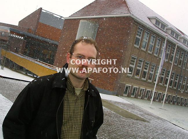 wageningen 020201 jeroen kavelaars ivm bruinrot<br />ITA34OOGST6/KAVELAARS<br />foto Frans Ypma APA-foto