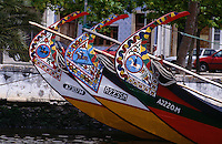Portugal, Schnabelboote (Moliceiros) in Aveiro