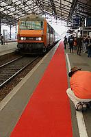 Foire du livre de Brive (premiere manifestation de province)..Le train du livre ammene plusieurs centaines d'auteurs au depart de Paris