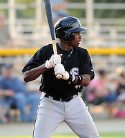 July 22, 2009: Kyle Davis of the Bristol White Sox, rookie Appalachian League affiliate of the Chicago White Sox, prior to a game at Burlington Athletic Stadium in Burlington, N.C. Photo by: Tom Priddy/Four Seam Images