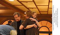 ©2002 KATHY HUTCHINS / HUTCHINS PHOTO.THE OTHER HALF.LOS ANGELES, CA 4/27/02.SUSAN DEY & DANNY BONADUCE