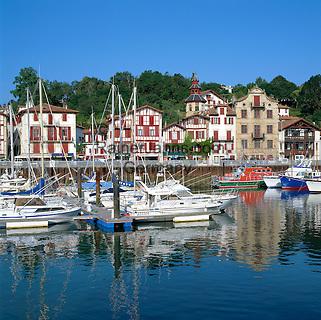 France, Aquitaine (Pays Basque), St-Jean-de-Luz: Ciboure Port   Frankreich, Aquitanien (Baskenland), St-Jean-de-Luz: Ciboure Hafen