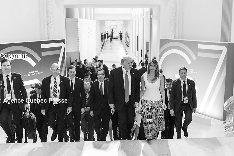 President Donald J. Trump, First Lady Melania Trump and senior staff members depart a G7 Summit press conference with President Emmanuel Macron of France Monday, Aug. 26, 2019, at the Centre de Congres Bellevue in Biarritz, France. (Official White House Photo by Shealah Craighead)