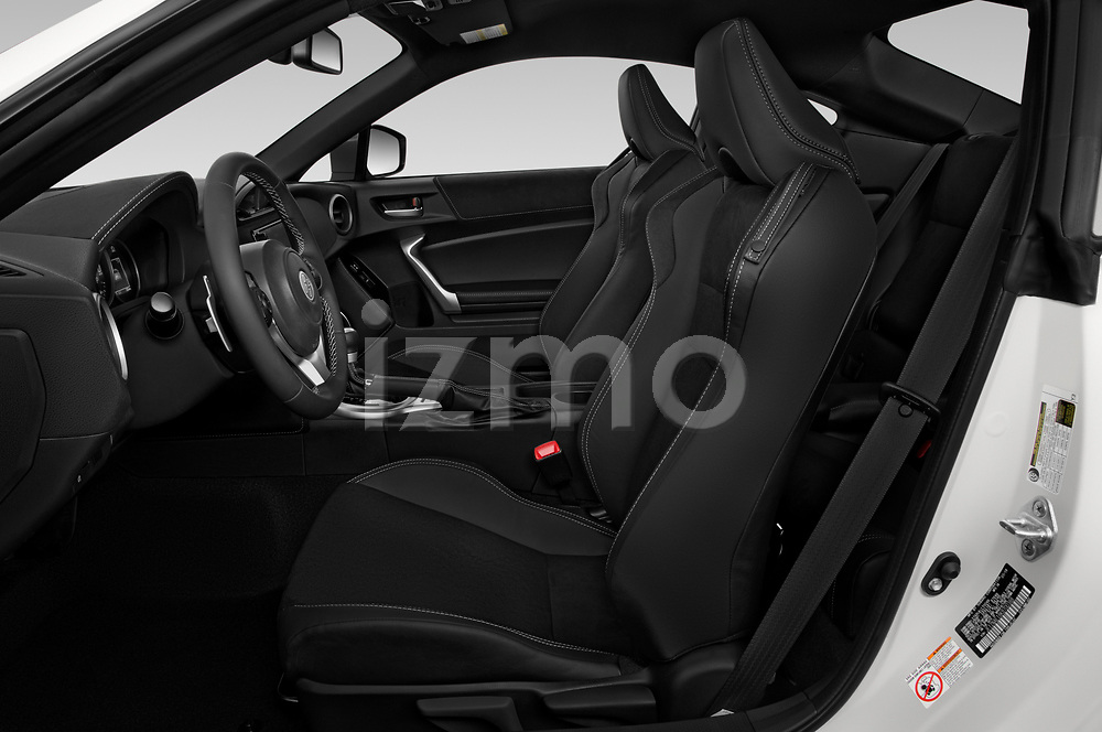 Front seat view of 2018 Toyota 86 GT 2 Door Coupe Front Seat  car photos