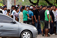 Cerca de 300 venezuelanos estao acampados na praca Simon Bolivar, zona Sul de Boa Vista, capital de Roraima. De acordo com dados da prefeitura, 40 mil imigrantes estao vivendo na cidade, representando mais de 10% de sua populacao de 330.000 habitantes.<br />©Jorge Macedo<br />13/02/2018
