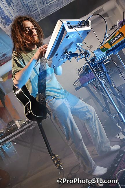 Justing Torres Loop Project in concert at 2720 Cherokee in St. Louis, MO on Jan 15, 2011.