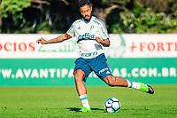 SÃO PAULO,SP, 27.07.2017 - FUTEBOL-PALMEIRAS – Michel Bastos durante o treino na Academia de Futebol, no bairro da Barra Funda, nesta quarta-feira (27). (Foto: Laryssa Borges/Brazil Photo Press)