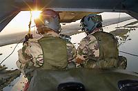 - 6° ROA (Independent Operating Unit) of..the Air Force, machine-gunners on a helicopter HH 3F ....- 6° ROA (Reparto Operativo Autonomo) dell'Aeronautica Militare, mitraglieri a bordo di un elicottero HH 3F ..