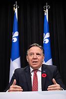Point de presse <br /> du premier ministre du Québec, M. François Legault,<br /> avec le ministre de la Santé et des Services sociaux, M. Christian Dubé, et le directeur national de la santé publique, M. Horacio Arruda<br /> le 3  Novembre 2020<br /> <br /> PHOTO :  Emilie Nadeau