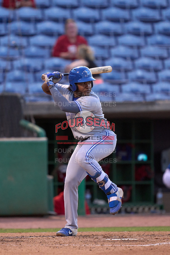 Dunedin Blue Jays Miguel Hiraldo (5) bats during a game against the Clearwater Threshers on May 18, 2021 at BayCare Ballpark in Clearwater, Florida.  (Mike Janes/Four Seam Images)