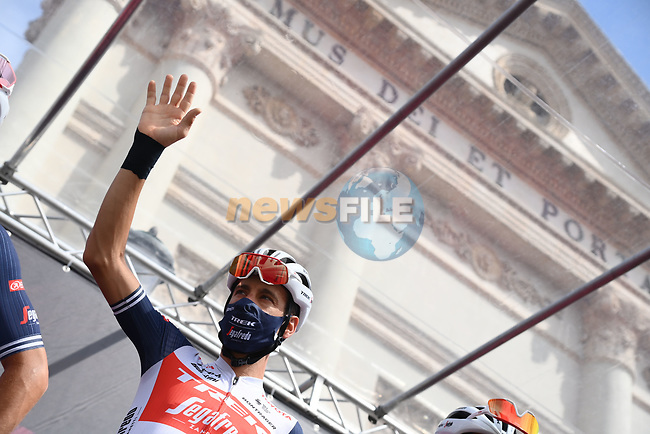 Vincenzo Nibali (ITA) Trek-Segafredo at sign on before the start of Stage 14 of the 2021 Giro d'Italia, running 205km from Cittadella to Monte Zoncolan, Italy. 22nd May 2021.  <br /> Picture: LaPresse/Gian Mattia D'Alberto   Cyclefile<br /> <br /> All photos usage must carry mandatory copyright credit (© Cyclefile   LaPresse/Gian Mattia D'Alberto)