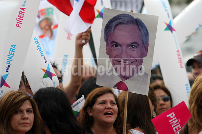 Supporters of Sebastian Pinera, president elect of Chile, celebrate his victory in the streets of Santiago. Pinera, a right wing billionaire, won the runoff against Chile ruling coalition candidate Eduardo Frei.