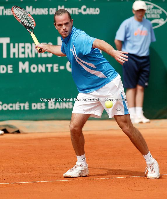 17-4-06, Monaco, Tennis,Master Series, Xavier Malisse in action against Nalbandian