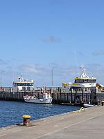 Boote an der Ostkaje im Südhafen, Unterland, Insel Helgoland, Schleswig-Holstein, Deutschland, Europa<br /> ships at Ostkaje, south port, Helgoland island, district Pinneberg, Schleswig-Holstein, Germany, Europe