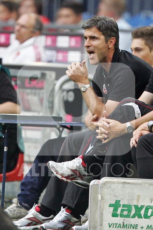 31.07.2010,  Veltnis-Arena, Gelsenkirchen, GER, 1.FBL, FC Bayern Muenchen - 1. FC Koeln, Liga total! Cup 2010, im Bild: Zvonimir Soldo (Trainer Koeln) schreit  Foto © nph / Mueller