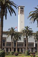 Afrique/Afrique du Nord/Maroc /Casablanca: la préfecture - Wilaya - et sa tour de 50 m sur la place Mohammed V ou place des Nations Unies - Architecture Art-Déco