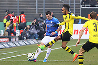 Artem Fedetskyy (SV Darmstadt 98) gegen Pierre-Emerick Aubameyang (Borussia Dortmund)- 11.02.2017: SV Darmstadt 98 vs. Borussia Dortmund, Johnny Heimes Stadion am Boellenfalltor
