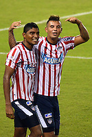 BARRANQUILLA -COLOMBIA-21-11-2013. Luis Carlos Ruiz  (Izq) y Edwin Cardona  del Atletico Junior celebran su gol   contra el  Independiente Santa Fe durante partido de los cuadrangulares finales de la Liga Postob—n 2013 realizado en el estadio Metropolitano  ./ Luis Carlos Ruiz (L) and Edwin Cardona of  Atletico Junior celebrate their goal against Independiente Santa Fe during the party runs late Postob—n League 2013 held at the Metropolitan Stadium.  Photo:VizzorImage / Alfonso Cervantes / Stringer
