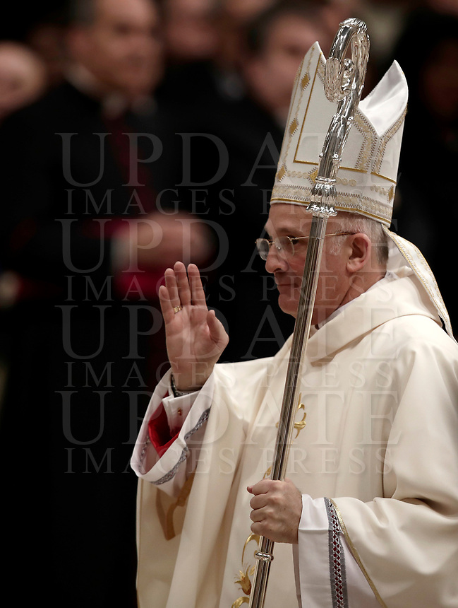 Bishop Alfred Xuereb benedice al termine della sua Ordinazione Episcopale nella Basilica di San Pietro in Vaticano, 19 marzo 2018.<br /> Bishop Alfred Xuereb blesses at the end of his Episcopal Ordination conducted by Pope Francis at Saint Peter's Basilica at the Vatican on March 19, 2018. on March 19, 2018. UPDATE IMAGES PRESS/Isabella Bonotto<br /> <br /> STRICTLY ONLY FOR EDITORIAL USE