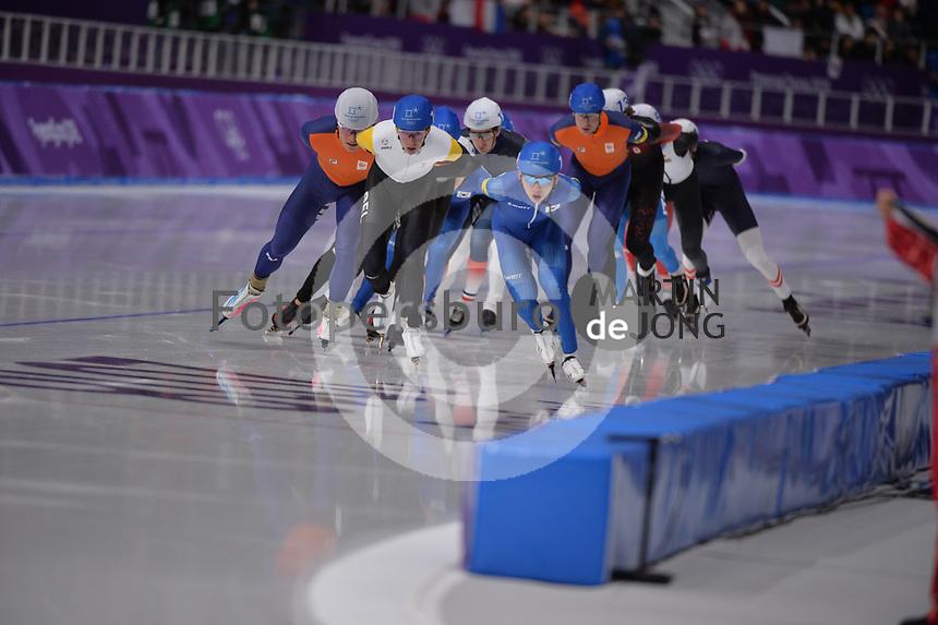 OLYMPIC GAMES: PYEONGCHANG: 24-02-2018, Gangneung Oval, Long Track, Mass Start Men, Chung Jaewon (KOR), Bart Swings (BEL), Koen Verweij (NED), ©photo Martin de Jong