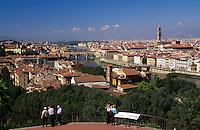 Italien, Toskana, Florenz, Piazzale Michelangelo, Blick auf Florenz, Unesco-Weltkulturerbe