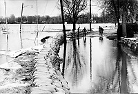 April 1975 File Photo - snow melt at the the end of winter in Montreal