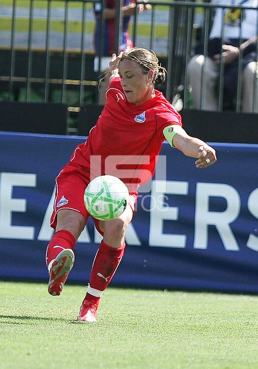 Abby Wambach kicks the ball.  Washington Freedom defeated FC Gold Pride 4-3 at Buck Shaw Stadium in Santa Clara, California on April 26, 2009.