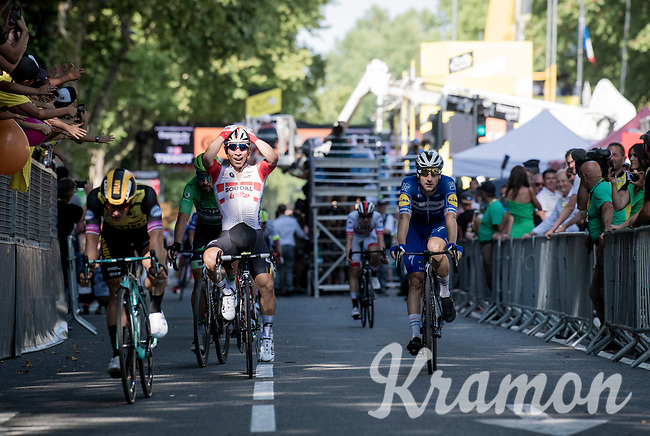 Caleb Ewan, (AUS/Lotto-Soudal) wins the bunch sprint to the finish line <br /> <br /> Stage 11: Albi to Toulouse (167km)<br /> 106th Tour de France 2019 (2.UWT)<br /> <br /> ©kramon