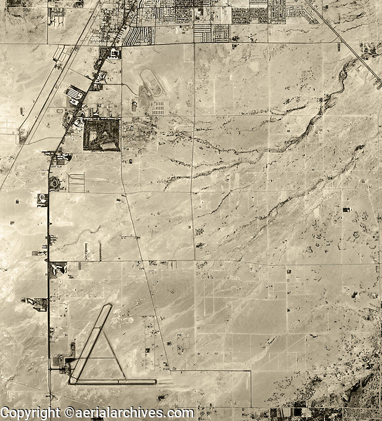historical aerial photograph McCarran Airport, Las Vegas, Nevada, 1958
