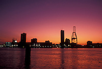 sunset, Mobile, Alabama, Mobile Bay, Gulf of Mexico, AL, Skyline of Mobile over the Mobile River at sunset.