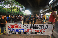 RJ. Rio de Janeiro, 05.01.2021. CIDADE Protesto pela morte de Marcelo Guimarães, 38, morto com um tiro na Cidade de Deus, zona oeste.(Foto: Ellan Lustosa / Codigo19).