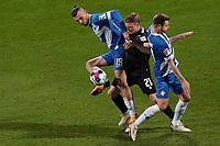 Serdar Dursun (SV Darmstadt 98) gegen Marco Thiede (Karlsruher SC)<br /> - 26.02.2021 Fussball 2. Bundesliga, Saison 20/21, Spieltag 23, SV Darmstadt 98 - Karlsruher SC, Stadion am Boellenfalltor, emonline, emspor, <br /> <br /> Foto: Marc Schueler/Sportpics.de<br /> Nur für journalistische Zwecke. Only for editorial use. (DFL/DFB REGULATIONS PROHIBIT ANY USE OF PHOTOGRAPHS as IMAGE SEQUENCES and/or QUASI-VIDEO)